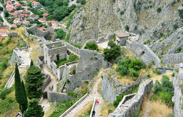 Η Πύλη της Θάλασσας στο Μαυροβούνιο