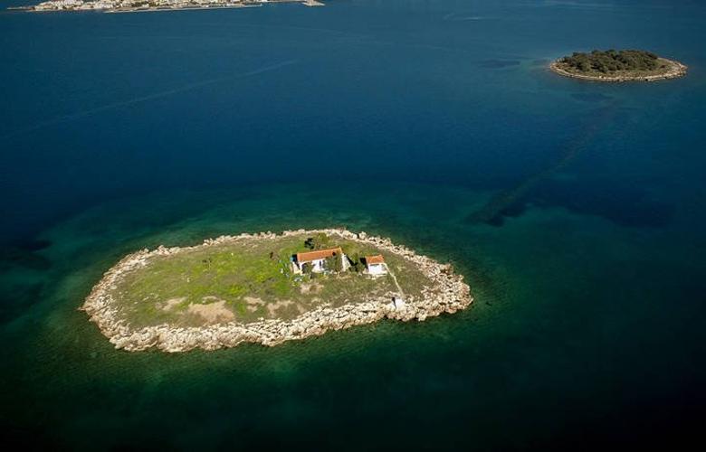"""Ποιο νησί είναι το """"καπέλο του Ελευθέριου Βενιζέλου"""";"""
