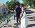 Νύφη πήγε στην εκκλησία με την καραμπίνα!