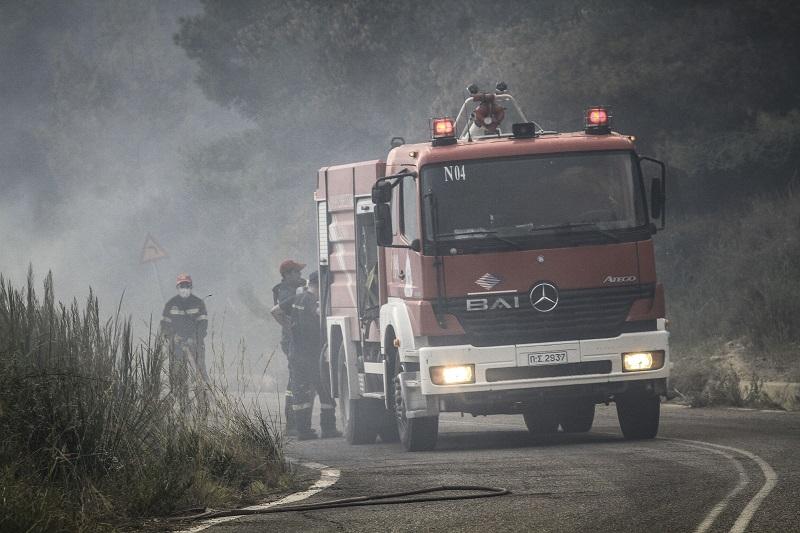 Πυρκαγιά σε αγροτοδασική έκταση στη Ράχη Αχαΐας