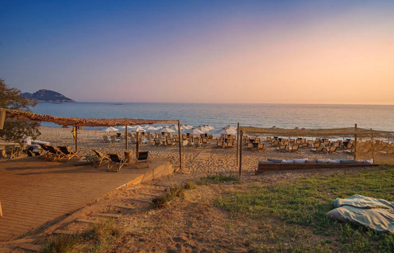 Παραλία Ρωμανού, η ομορφότερη παραλία της Μεσσηνίας