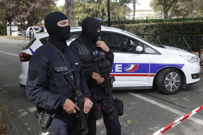 Επίθεση σε ελληνική εκκλησία στη Λιόν – Τραυματίας ο ιερέας