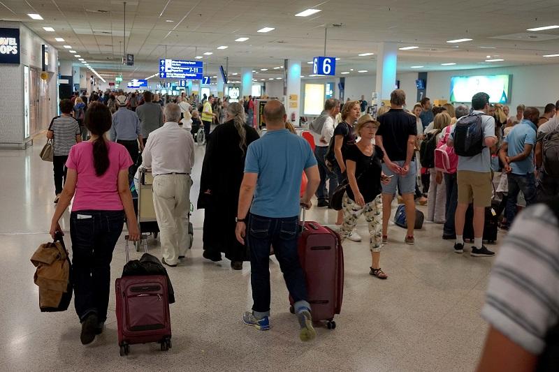 Ανοίγουν όλα τα αεροδρόμια της χώρας για διεθνείς πτήσεις από 1η Ιουλίου