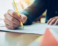 Τι έγραψε σε σημείωμα ο 17χρονος μαθητής λίγο πριν φύγει από τη ζωή
