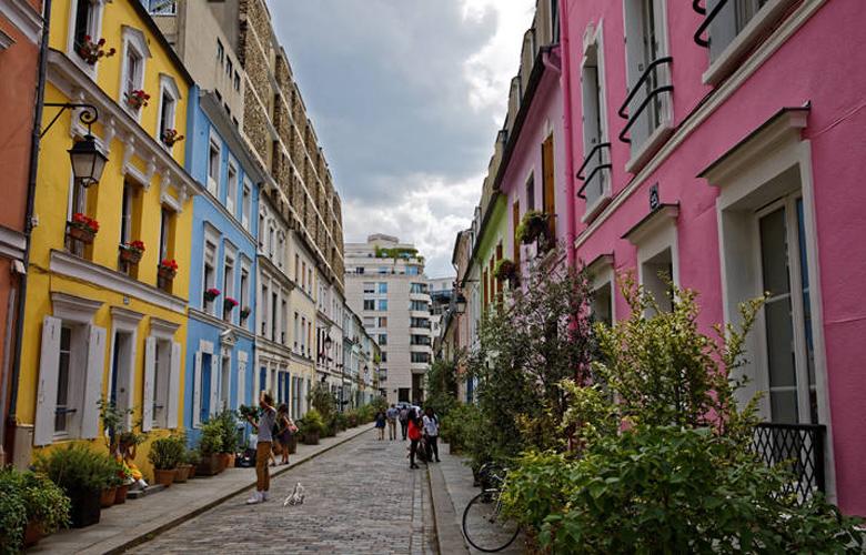 Rue Cremieux, ένας παράδεισος για τους instagramers, μια κόλαση για τους κατοίκους – News.gr