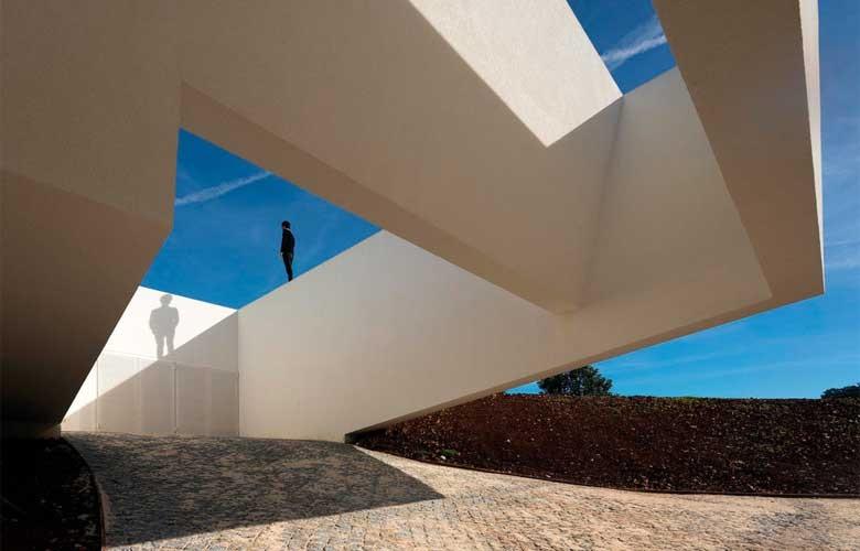 Το φορμαλιστικό αριστούργημα της Πορτογαλίας – News.gr