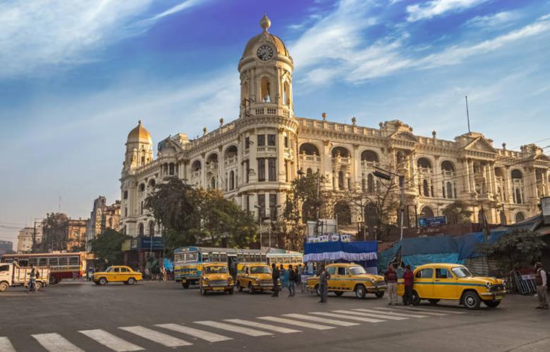 Καλκούτα, μια από τις πιο πολυπληθείς και χαρακτηριστικές πόλεις της Ινδίας