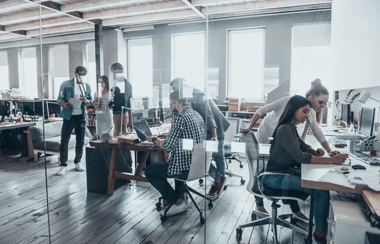Ποιες επιχειρήσεις μπαίνουν στους πληττόμενους ΚΑΔ – Τι θα ισχύσει για τους δικηγόρους, γιατρούς, μηχανικούς
