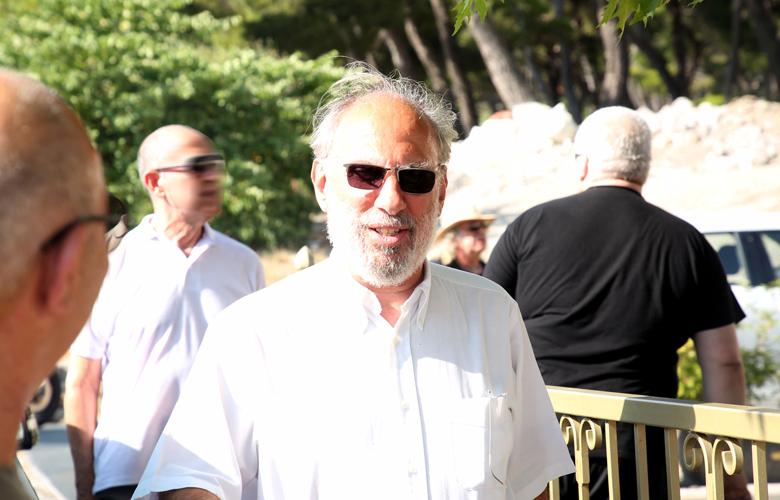 Το τελευταίο «αντίο» στον Γιάννη Σπάθα των Socrates – News.gr