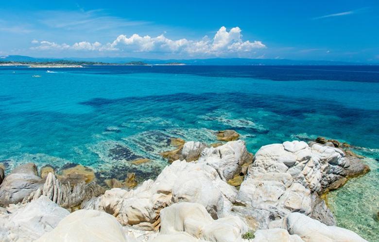 Ξεκίνησε η «κάθοδος» Ρουμάνων και Βούλγαρων για διακοπές στην Ελλάδα 1