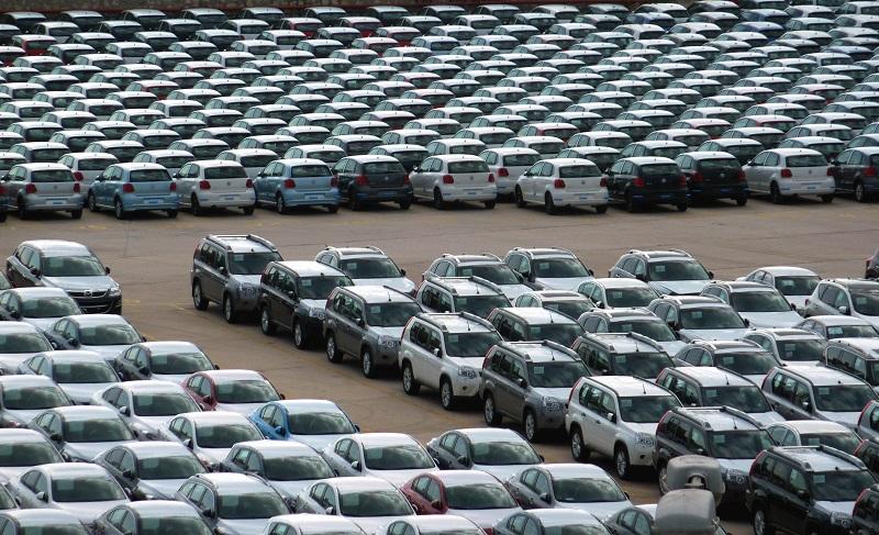 Πτώση 37,2% στις πωλήσεις καινούριων οχημάτων τον Ιούνιο