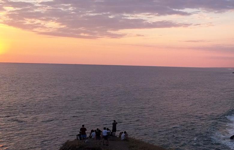 Ειρηνικός παραλία το σεξ γνωριμιών και ανύπαντρων γονέων