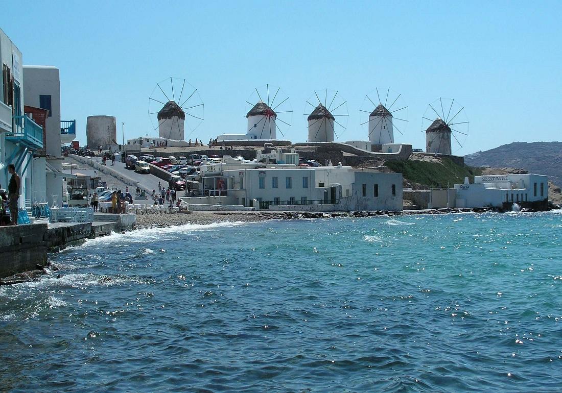 Reuters: Restart στον ελληνικό τουρισμό
