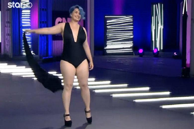 Η διαγωνιζόμενη με τα μπλε μαλλιά που ενθουσίασε τους κριτές! (Βίντεο)