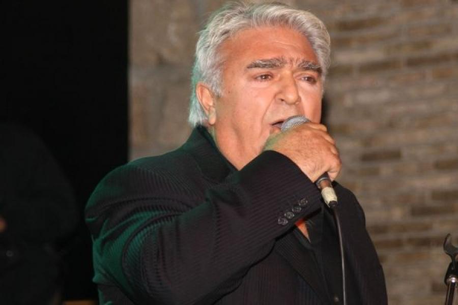 Πασχάλης Τερζής: Τραγούδησε μαζί με την κόρη του σε μια σπάνια εμφάνιση