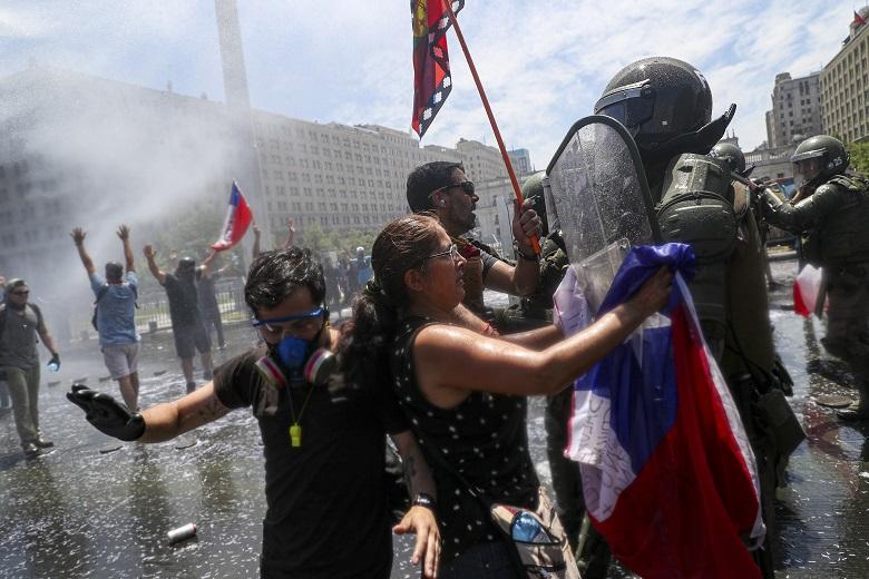 Χιλή: Ογκώδεις διαδηλώσεις για άμεσες και βαθιές μεταρρυθμίσεις!