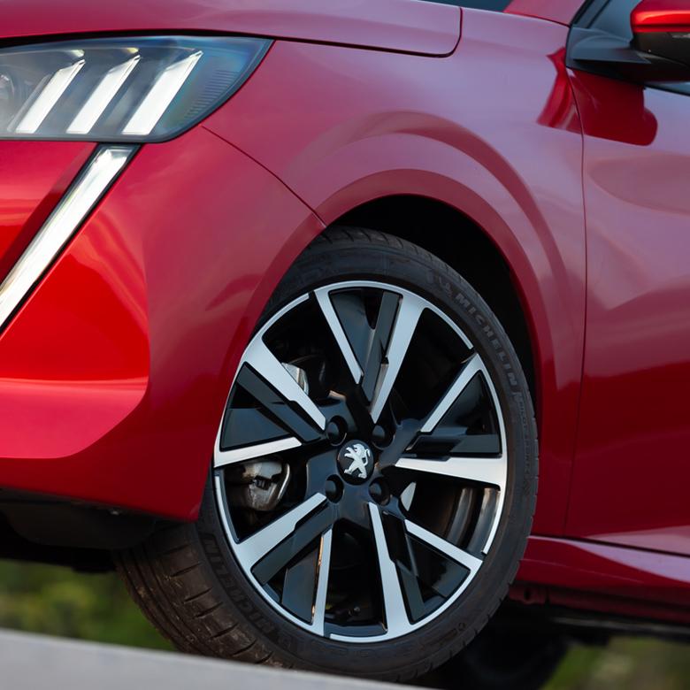 Πρεμιέρα στην Ελλάδα για το νέο Peugeot 208