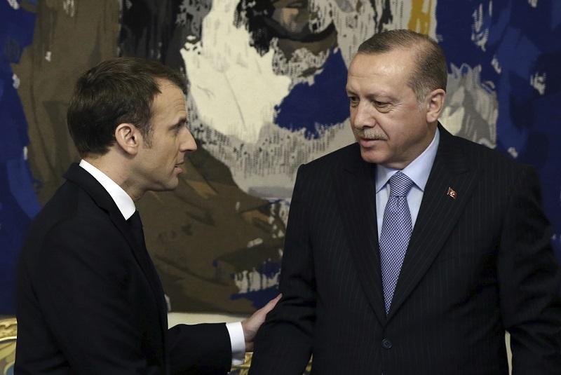 Στο «κόκκινο» οι σχέσεις Γαλλίας – Τουρκίας