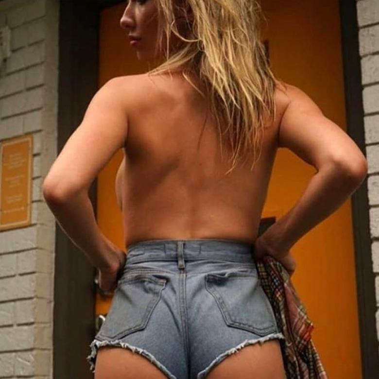 Μοντέλο έστελνε γυμνές φωτογραφίες για τους πυρόπληκτους στην Αυστραλία – News.gr