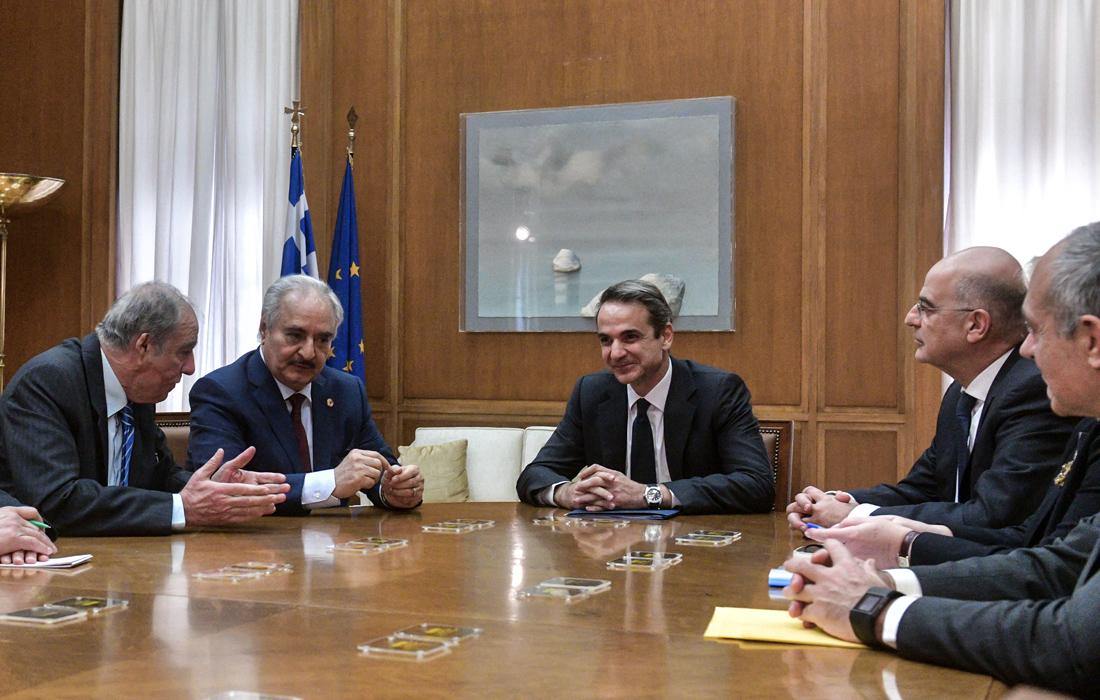 Πώς «κλείδωσε» η επίσκεψη του στρατάρχη Χαφτάρ στην Αθήνα