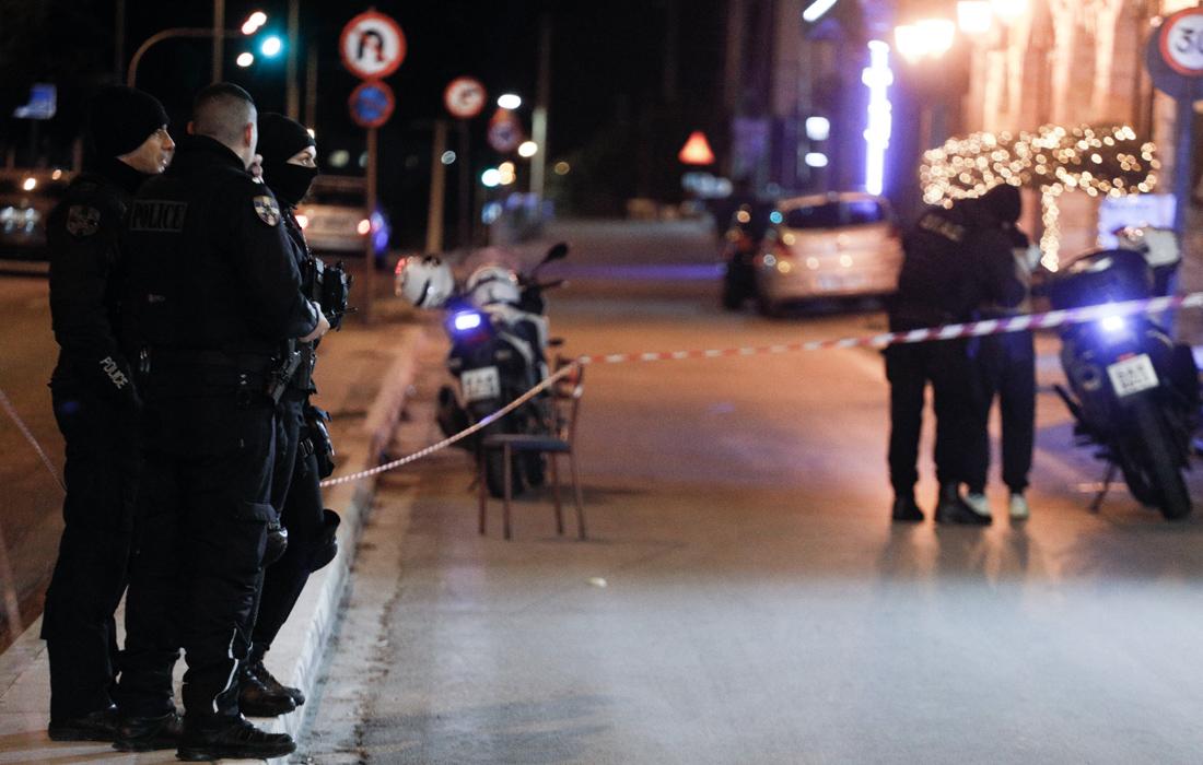 Έγκλημα στη Βάρη: Κλειστά στόματα για τα θύματα, τα αναπάντητα ερωτήματα για τις Αρχές