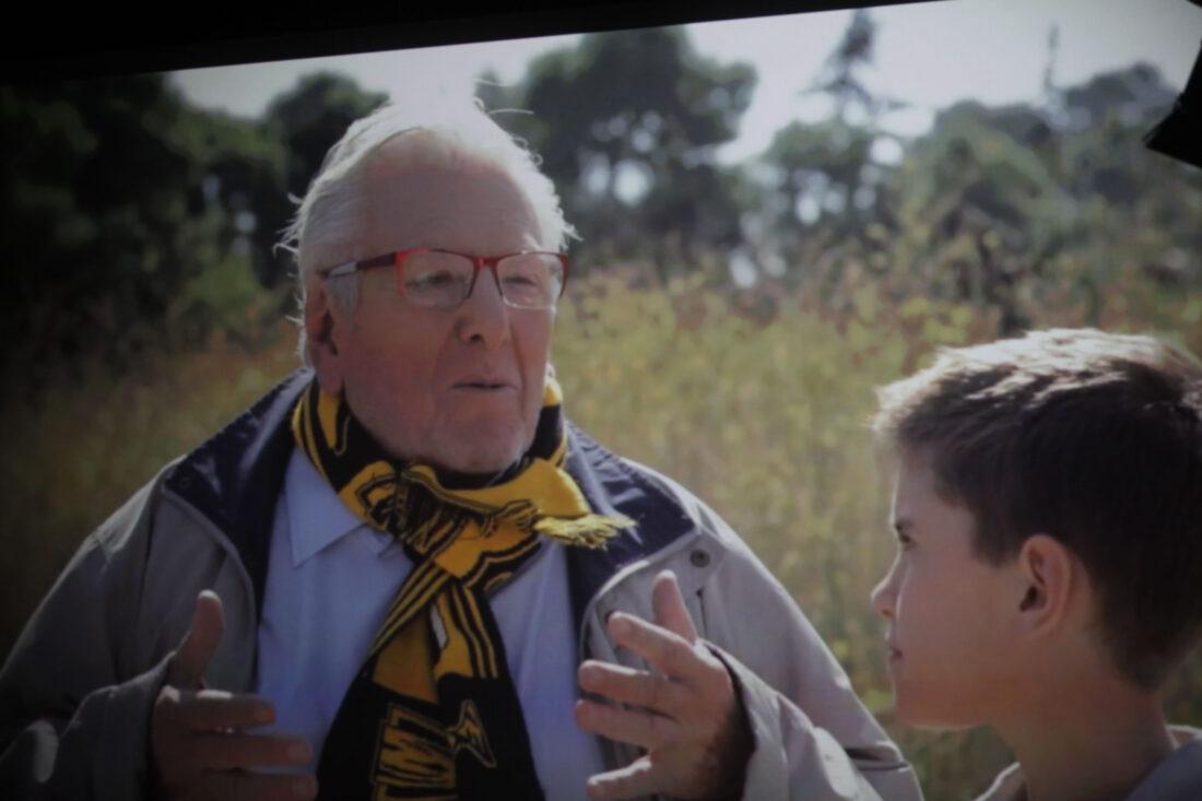 Κώστας Βουτσάς: Ο αιώνιος έφηβος που έκανε την Ελλάδα να γελάει! Ποιο ήταν το πραγματικό του όνομα; (Εικόνες - Βίντεο)