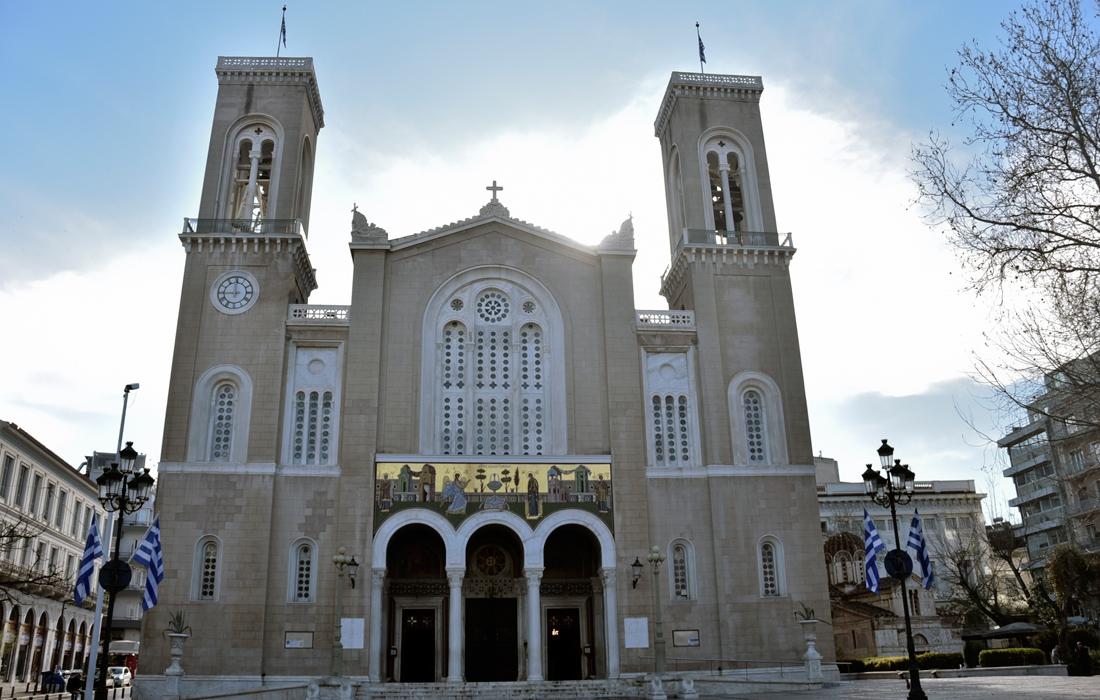 Ποιοι περιορισμοί αλλάζουν στους χώρους λατρείας για τους πιστούς