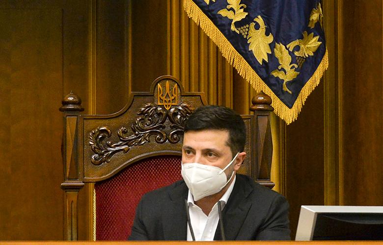 Koροναϊός: Η Ουκρανία ζητά τη βοήθεια του Έλον Μασκ για αναπνευστήρες