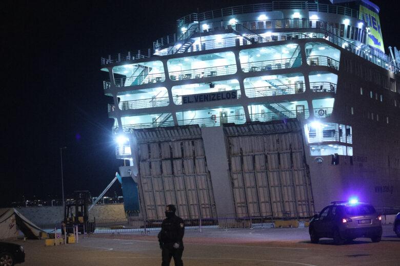 Υγειονομική «βόμβα» το πλοίο «Ελευθέριος Βενιζέλος» με 119 κρούσματα