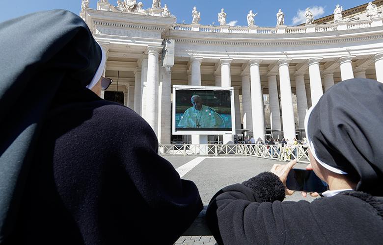 Τηλεοπτικό διάγγελμα Πάπα: Προσευχηθείτε να φύγει το κακό