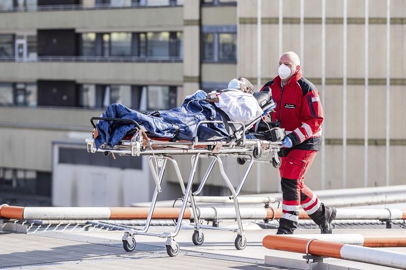 Κοροναϊός: 179 νέοι θάνατοι στη Γερμανία – Συνολικά 5.500