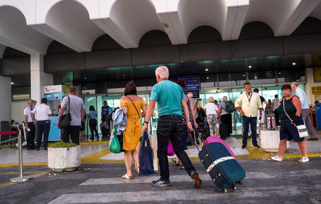 «Βουτιά» 71% τον Μάρτιο στα έσοδα από τον τουρισμό
