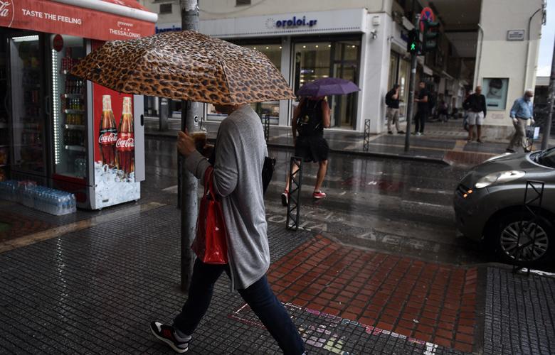 Καιρός: Βροχές και καταιγίδες σε αρκετές περιοχές