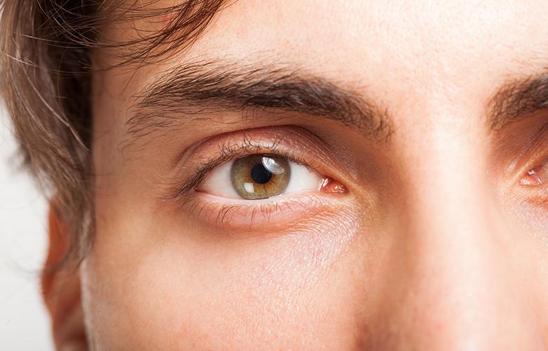 Τι παράξενο συμβαίνει με όσους έχουν καστανοπράσινα μάτια