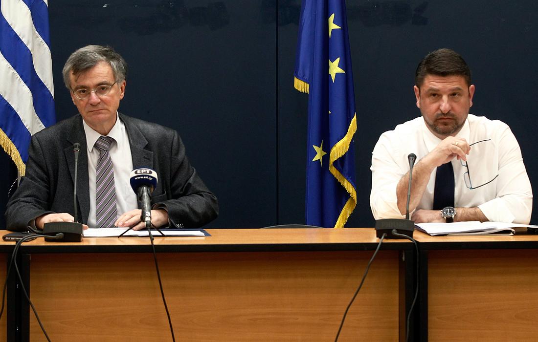 Κοροναϊός: Επιστρέφει εκτάκτως στην ενημέρωση ο Σωτήρης Τσιόδρας