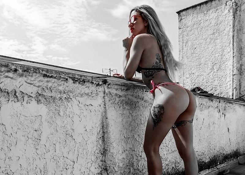 Η ελληνίδα «βασίλισσα» του twerk με τα εκπληκτικά οπίσθια