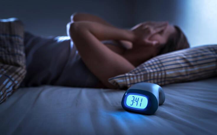 Οι μύθοι για τον ύπνο που πρέπει να σταματήσεις να πιστεύεις