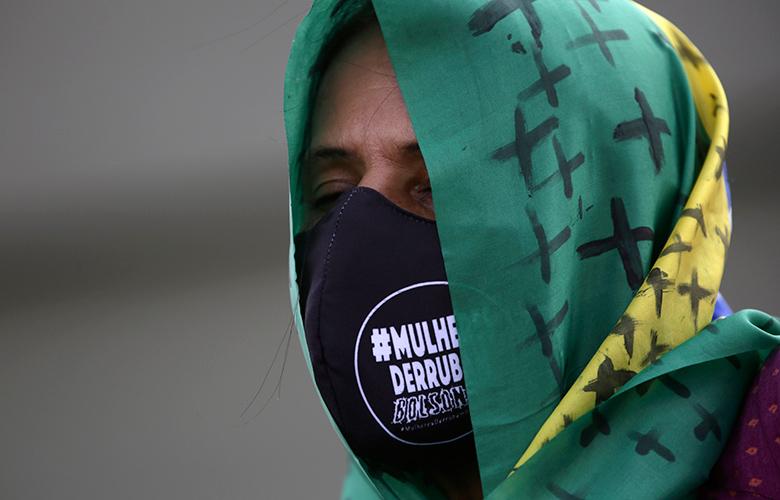 Κοροναϊός: Χαλαρώνουν τα μέτρα για τη χρήση μάσκας στη Βραζιλία
