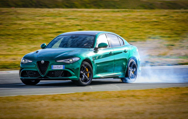Στην Ελλάδα οι νέες Alfa Romeo Giulia Quadrifoglio και Stelvio Quadrifoglio