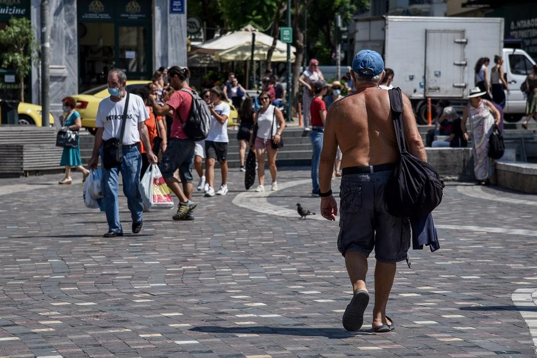 Κοροναϊός: Επί ποδός οι Αρχές για τη διασπορά του ιού σε 23 νομούς – Τέλος λιτανείες, πανηγύρια και όρθιοι στα μπαρ