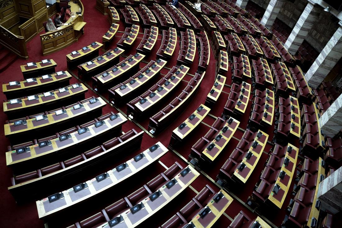 Έφυγε από τη ζωή ο γιατρός της Βουλής, Γιάννης Μητρόπουλος