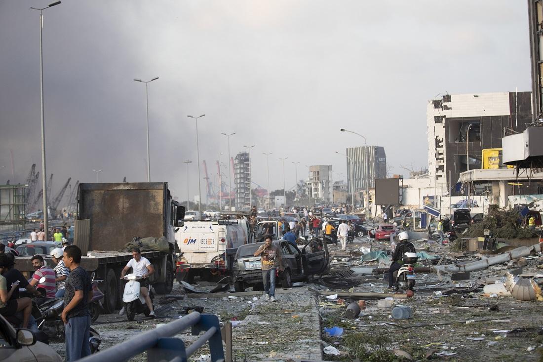 Τρόμος στη Βηρυτό – Φόβοι για δεκάδες νεκρούς από την ισχυρότατη έκρηξη