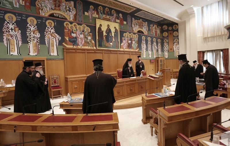 Ιερά Σύνοδος: Οι Λιτανείες θα τελούνται μετά μεγάλης προσοχής