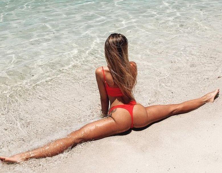 Η Ρωσίδα καλλονή είναι ο ορισμός του σέξι θηλυκού