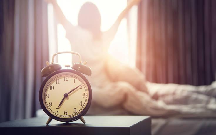 Οι τρεις κινήσεις που δεν κάνεις το πρωί ενώ θα έπρεπε