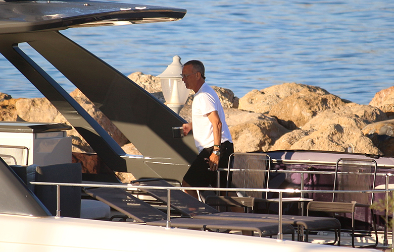 Τομ Χανκς – Ρίτα Γουίλσον: Στα Κουφονήσια με το σκάφος τους – Δείτε τις φωτογραφίες