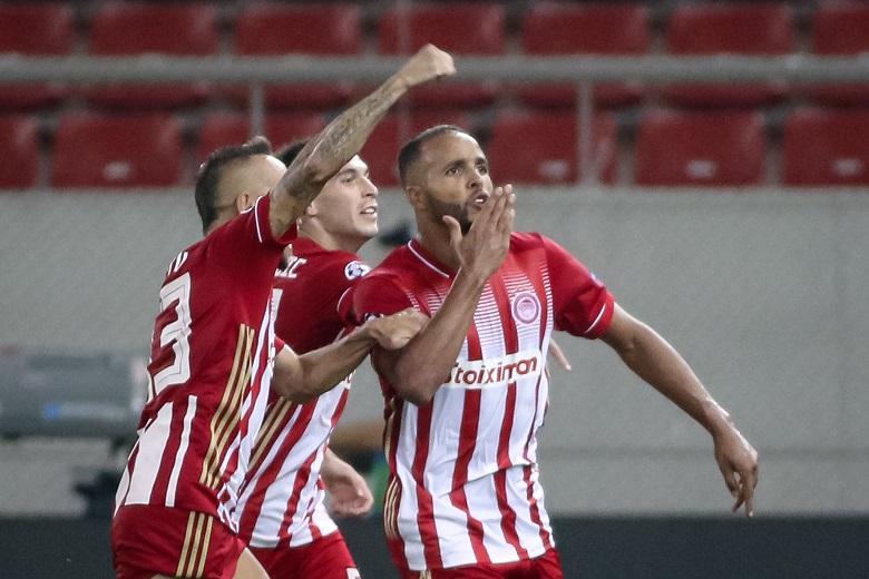 Champions League: «Αγκαλιά» με τους ομίλους ο Ολυμπιακός, 2-0 την Ομόνοια
