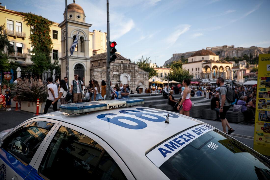 Κοροναϊός: Σφίγγει η «θηλιά» σε Αττική και Θεσσαλονίκη – Πού εντοπίστηκαν τα 790 νέα κρούσματα