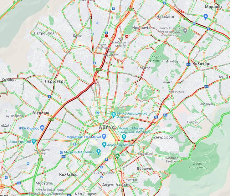 Προβλήματα στους δρόμους από την κακοκαιρία – Μεγάλο μποτιλιάρισμα στον Κηφισό