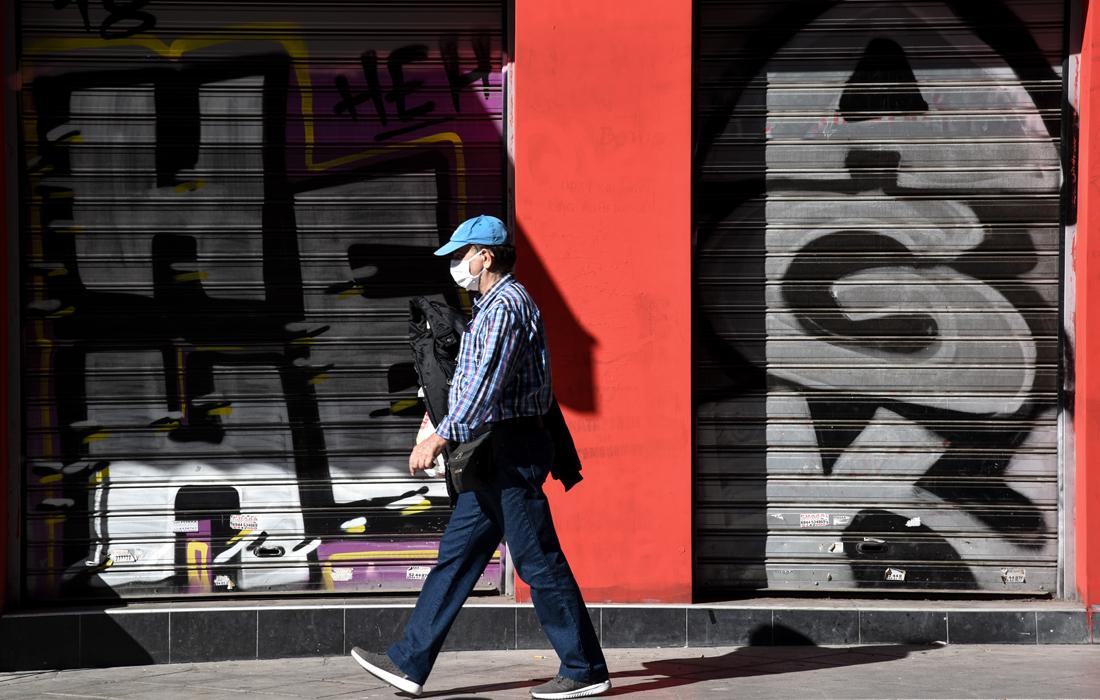 Κοροναϊός: Νέα μέτρα ανακοινώνει σήμερα ο πρωθυπουργός – Πόσο απέχει το lockdown